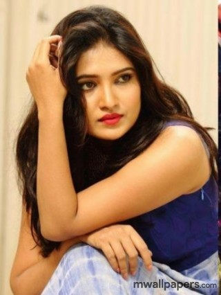 Vani Bhojan Latest Hot Photos [1080p]
