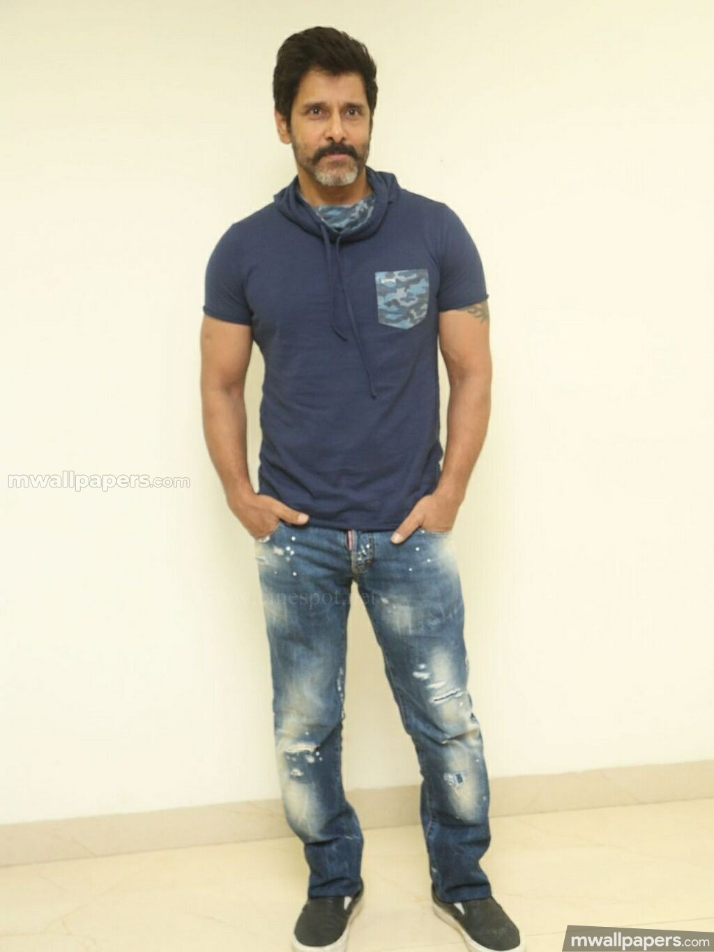 Vikram Best HD Photos (1080p) (27654) - Vikram