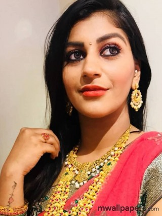 Yashika Anand HD Images & Wallpapers