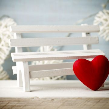 Wallpaper Valentines Day, heart, decorations, romantic, love, bench - Android / iPhone HD Wallpaper Background Download HD Wallpapers (Desktop Background / Android / iPhone) (1080p, 4k)