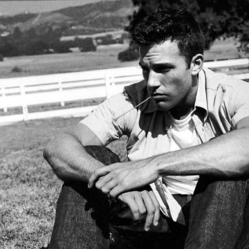 Ben Affleck Monochrome Computer Wallpaper 64715 1600x1200px - Android / iPhone HD Wallpaper Background Download HD Wallpapers (Desktop Background / Android / iPhone) (1080p, 4k)