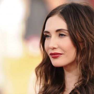 Carice van Houten Celebrity - Android / iPhone HD Wallpaper Background Download HD Wallpapers (Desktop Background / Android / iPhone) (1080p, 4k)