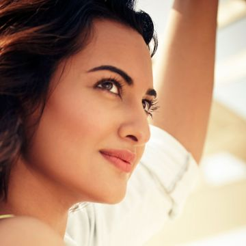 Sonakshi Sinha - Android, iPhone, Desktop HD Backgrounds / Wallpapers (1080p, 4k) HD Wallpapers (Desktop Background / Android / iPhone) (1080p, 4k)