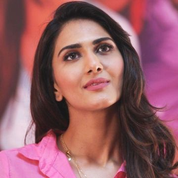 Vaani Kapoor - Android, iPhone, Desktop HD Backgrounds / Wallpapers (1080p, 4k) HD Wallpapers (Desktop Background / Android / iPhone) (1080p, 4k)