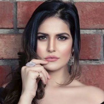 Zareen Khan - Android, iPhone, Desktop HD Backgrounds / Wallpapers (1080p, 4k) HD Wallpapers (Desktop Background / Android / iPhone) (1080p, 4k)